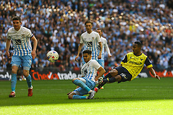Rob Hall of Oxford United shoots - Photo mandatory by-line: Jason Brown/JMP -  02/04//2017 - SPORT - Football - London - Wembley Stadium - Coventry City v Oxford United - Checkatrade Trophy Final