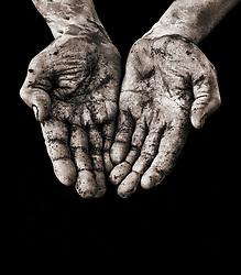 Le mani dopo una giornata di lavoro