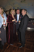 Nettie Mason, Andrew Parker Bowles and Nick Mason, Tom Parker Bowles, Susan Hill and Matthew Rice host party to launch 'E is For Eating' Kensington Place. 3 November 2004.  ONE TIME USE ONLY - DO NOT ARCHIVE  © Copyright Photograph by Dafydd Jones 66 Stockwell Park Rd. London SW9 0DA Tel 020 7733 0108 www.dafjones.com