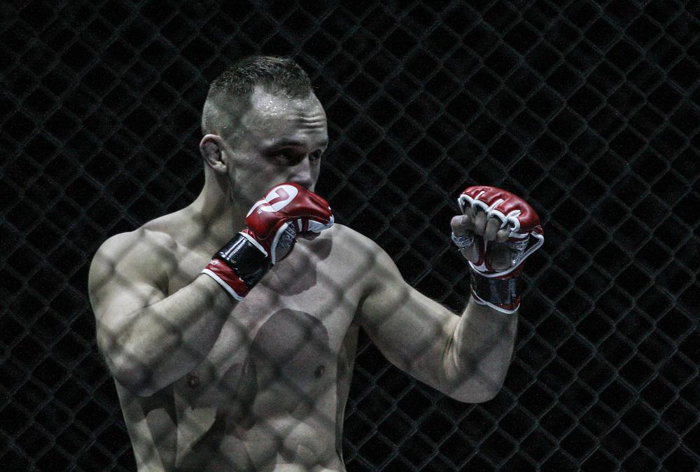 Kampfsport: MMA, We love MMA, Oberhausen, 31.01.2015<br /> Roman Kapranov (RFS Team Saarbruecken)<br /> © Torsten Helmke