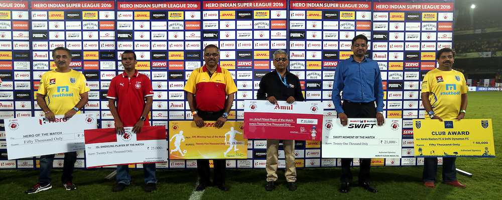 Diginitaries during the presentation of the match 9 of the Indian Super League (ISL) season 3 between Kerala Blasters FC and Delhi Dynamos FC held at the Jawaharlal Nehru Stadium in Kochi, India on the 9th October 2016.<br /> <br /> Photo by Sandeep Shetty / ISL/ SPORTZPICS