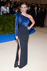 Reese Witherspoon (Wearing Mugler) arriving at The Metropolitan Museum of Art Costume Institute Benefit celebrating the opening of Rei Kawakubo / Comme des Garcons : Art of the In-Between held at The Metropolitan Museum of Art  in New York, NY, on May 1, 2017. (Photo by Anthony Behar) *** Please Use Credit from Credit Field ***