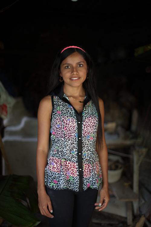 Viviana Zamora, 21, lives on a Fairtrade-certified coffee farm near Rio Sucio. Max Havelaar Switzerland works with Colombian coffee producer ASPROCAFE in Rio Sucio on Fairtrade-certified coffee production.