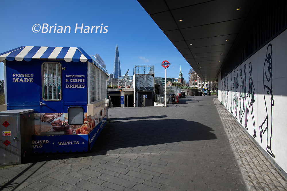 City of London England UK March 2021<br />Deserted Tower Hill Underground Tube Station during the Covid 19 Coronavirus Pandemic. March 2021