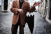 Anziano passeggia per le strade di Troia. Troia 29 Maggio 2014.  Christian Mantuano / OneShot