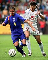 ◊Copyright:<br />GEPA pictures<br />◊Photographer:<br />Thomas Karner<br />◊Name:<br />Ayala<br />◊Rubric:<br />Sport<br />◊Type:<br />Fussball<br />◊Event:<br />FIFA WM 2006, Qualifikation, Tschechien vs Andorra, CZE vs AND<br />◊Site:<br />Liberec, Tschechien<br />◊Date:<br />04/06/05<br />◊Description:<br />Josep-Manel Ayala (AND), Tomas Ujfalusi (CZE)<br />◊Archive:<br />DCSTK-0406054022<br />◊RegDate:<br />05.06.2005<br />◊Note:<br />OK/JM - Nutzungshinweis: Es gelten unsere Allgemeinen Geschaeftsbedingungen (AGB) bzw. Sondervereinbarungen in schriftlicher Form. Die AGB finden Sie auf www.GEPA-pictures.com.<br />Use of picture only according to written agreements or to our business terms as shown on our website www.GEPA-pictures.com