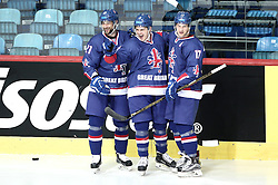 18.04.2016, Dom Sportova, Zagreb, CRO, IIHF WM, England vs Estland, Division I, Gruppe B, im Bild TAIT Ashley, PEACOCK Craig, RICHARDSON Mark. // during the 2016 IIHF Ice Hockey World Championship, Division I, Group B, match between England and Estonia at the Dom Sportova in Zagreb, Croatia on 2016/04/18. EXPA Pictures © 2016, PhotoCredit: EXPA/ Pixsell/ Sanjin Strukic<br /> <br /> *****ATTENTION - for AUT, SLO, SUI, SWE, ITA, FRA only*****