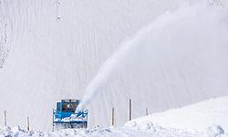 THEMENBILD - eine Wallack Rotations Schneefräse beim Räumen der Strasse von den Schneemassen des Winters, aufgenommen am 20. April 2018 in Fusch an der Glocknerstrasse, Österreich // a Wallack Rotations Snowblower clearing the road from the snow of winter, Fusch an der Glocknerstrasse, Austria on 2018/04/20. EXPA Pictures © 2018, PhotoCredit: EXPA/ JFK