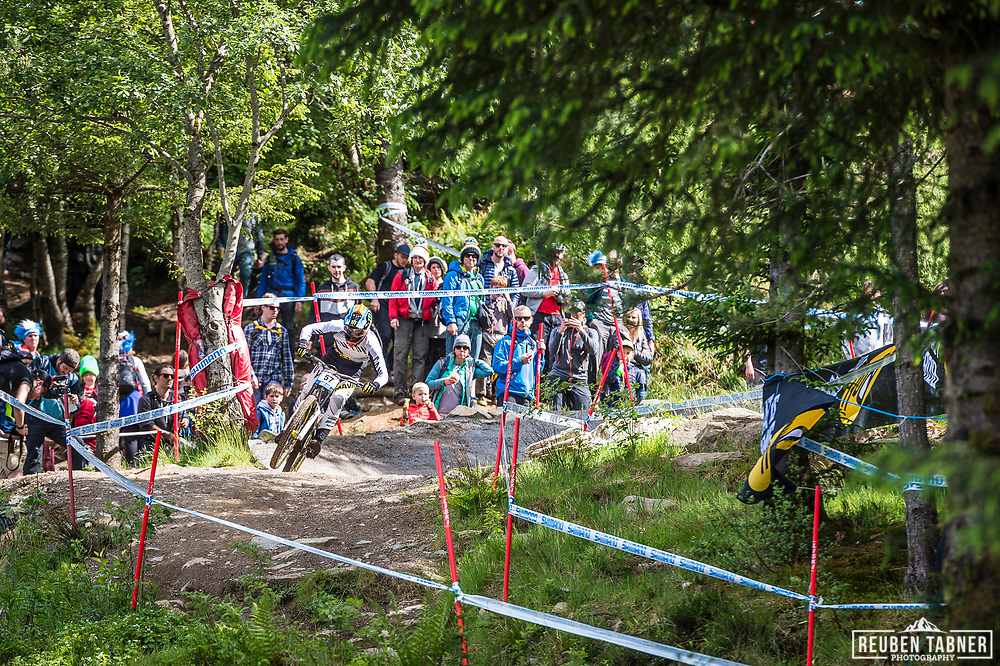 Troy Brosnan steps on the gas during his race run at the UCI Mountain Bike World Cup in Fort William.
