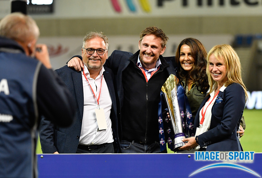 Sale Sharks owner Simon Orange (second left) celebrates with the trophy after his sides 278-19 victory after The Premiership Rugby Cup Final at The AJ Bell Stadium, Eccles, Greater Manchester, United Kingdom, Monday, September 21, 2020. (Steve Flynn/Image of Sport)