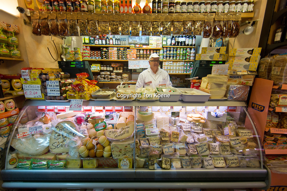 cheese shop in naples