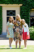 Zomerfotosessie 2018 bij Villa de Eikenhorst in Wassenaar<br /> <br /> Summer photo session 2018 at Villa de Eikenhorst in Wassenaar<br /> <br /> Op de foto / On the photo:  prinses Amalia, prinses Ariane en prinses Alexia <br /> <br /> Princess Amalia, Princess Ariane and Princess Alexia