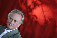 RICHARD DAWKINS, world renowned scientist, and author. Edinburgh International Book Festival 2005, Edinburgh, Scotland.