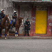 Police line the streets as fans arrive for the Flamengo V  Fluminense, Futebol Brasileirao  League match at Estadio Olímpico Joao Havelange, Rio de Janeiro, The classic Rio derby match ended in a 3-3 draw. Rio de Janeiro,  Brazil. 19th September 2010. Photo Tim Clayton.