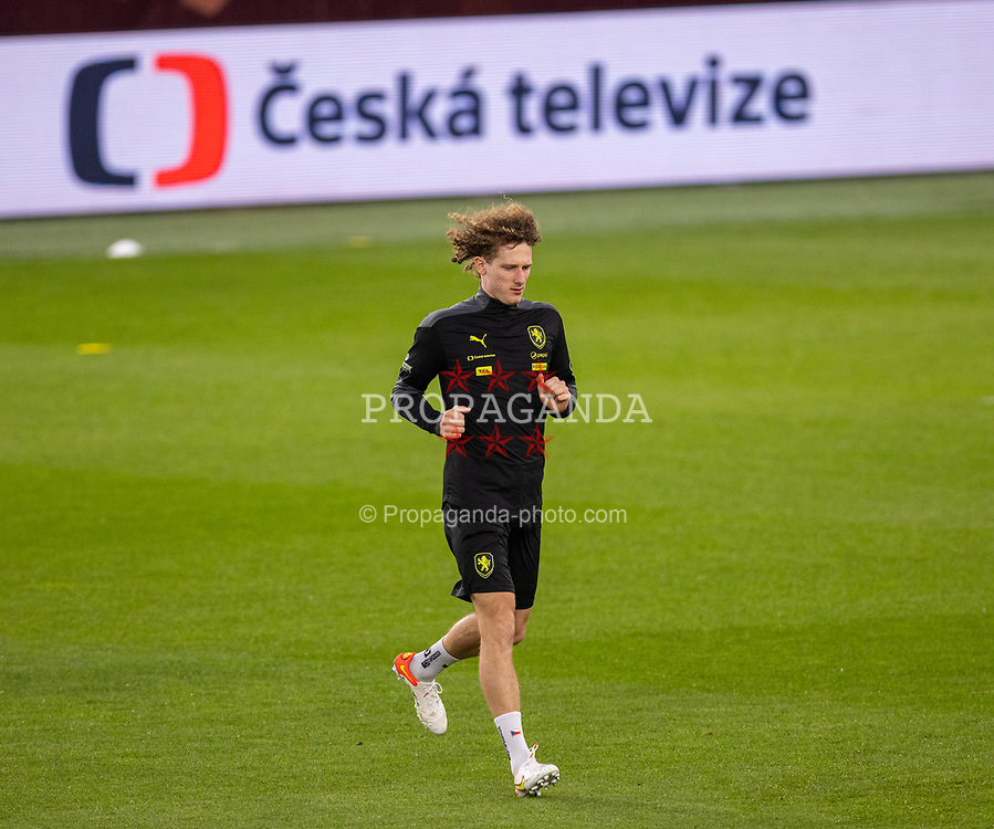 PRAGUE, CZECH REPUBLIC - Thursday, October 7, 2021: Czech Republic's Alex Král during a training session ahead of the FIFA World Cup Qatar 2022 Qualifying Group E match between Czech Republic and Wales at the Sinobo Stadium. (Pic by David Rawcliffe/Propaganda)