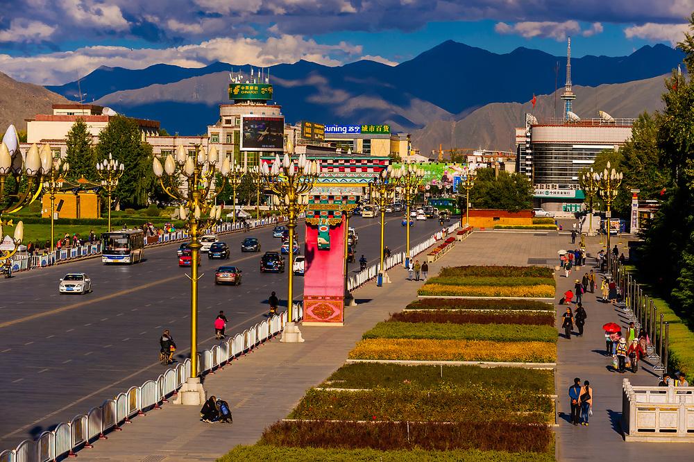 Beijing MIddle Road, Lhasa, Tibet (Xizang), China.
