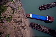 Boats along Yangtze river in Chongqing, China, on Wednesday 23. jan, 2008