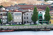 barco rabelo shipping boat croft port lodge av. diogo leite vila nova de gaia porto portugal