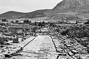 Griekenland, korinthe, 25-8-1973  De archeologische site van korinthe . Ruine van een hoge beschaving .Foto: ANP/ Hollandse Hoogte/ Flip Franssen