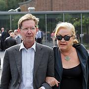 NLD/Bilthoven/20120618 - Uitvaart Will Hoebee, Viola en Peter Holt