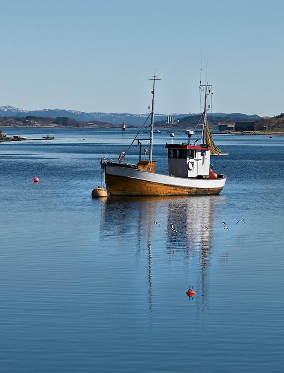 Norway - Boat in Vallersund