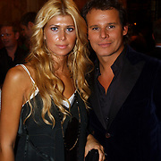 NLD/Amsterdam/20051002 - Premiere Beauty and the Beast, Estelle Gullit en Leco Zadelhoff