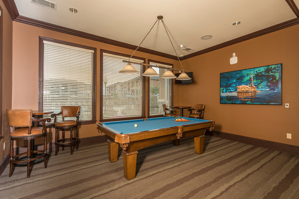Photographs of the Oxford Country Club Apartments in Baytown, Texas, a property located at 2800 W. Baker, Baytown, Texas 77521.