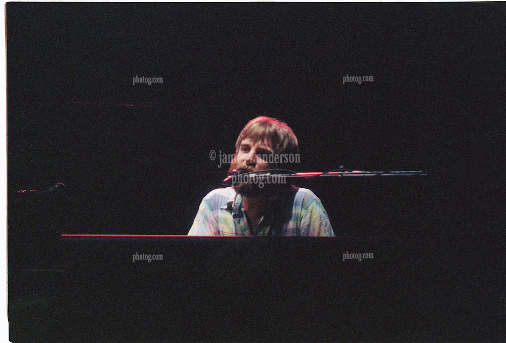 Brent Midland singing with The Grateful Dead Live at The Capital Centre, Landover MD, 16 March 1990