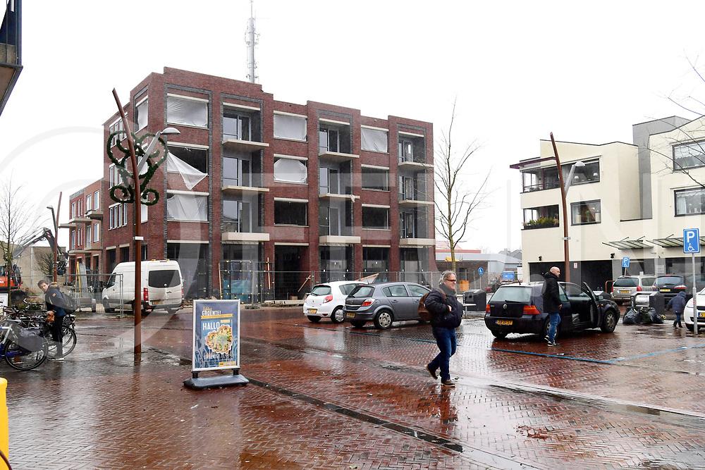 DEDEMSVAART - Markant gebouw.<br /> Foto: Nieuw gebouw op de Markt.<br /> FFU PRESS AGENCY COPYRIGHT FRANK UIJLENBROEK