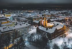 THEMENBILD - Blick auf die finnische Stadt Lahti mit den Lichtern der Stadt im Winter mit Schnee bedeckt, das Rathaus, aufgenommen am 07. Februar 2019 in Lahti, Finnland // View of the Finnish city Lahti with the lights of the city in winter covered with snow, the town hall. Lahti, Finland on 2019/02/07. EXPA Pictures © 2019, PhotoCredit: EXPA/ JFK