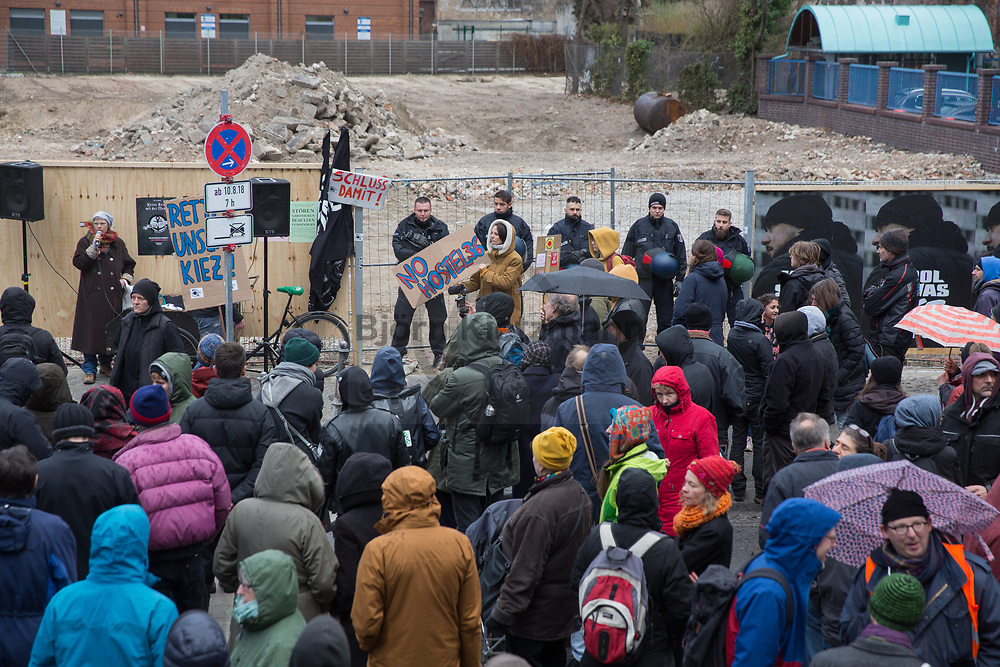 Berlin, Germany - 09.02.2019<br /> <br /> Rally for residential building instead of a new hostel and hotel new project at Skalitzerstrasse in Berlin-Kreuzberg.<br /> <br /> Kundgebung fuer Wohnraum anstelle eines Hostel und Hotel Neubauprojekt an der Skalitzerstrasse in Berlin-Kreuzberg.<br /> <br /> Photo: Bjoern Kietzmann