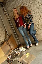 BRUSSELS, BELGIUM - NOV-5-2005 -  Galen Ayers and Kirsty Newton of SISKIN. (PHOTO © JOCK FISTICK)