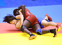 Bryting<br /> 26.08.2014<br /> Foto: imago/Digitalsport<br /> NORWAY ONLY<br /> <br /> NANJING, Aug. 26, 2014 -- Pei Xingru (L) of China competes against Grace Jacob Bullen of Norway during women s freestyle 60-kg event of wrestling competition at Nanjing 2014 Youth Olympic Games in Nanjing, east China s Jiangsu Province, Aug. 26, 2014. Pei won the silver medal.
