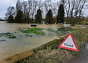 © Licensed to London News Pictures. 22/11/2012. Oxfordshire, UK Farmers fields were flooded by the River Cherwell in Somerton. Flooding in Oxfordshire today 22 November 2012. Heavy rain across large parts of the South West of the country has caused widespread flooding. Photo credit : Stephen Simpson/LNP