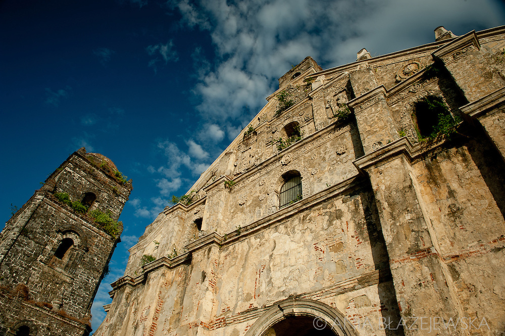 Paoay church.<br /> Ilocos Sur and Ilocos Norte are the Filipino provinces situated on Luzon Island and famous for heritage town of Vigan, windmills of Bangui, white sand beach of Pagudpud not to mention former president Marcos, who was born there.