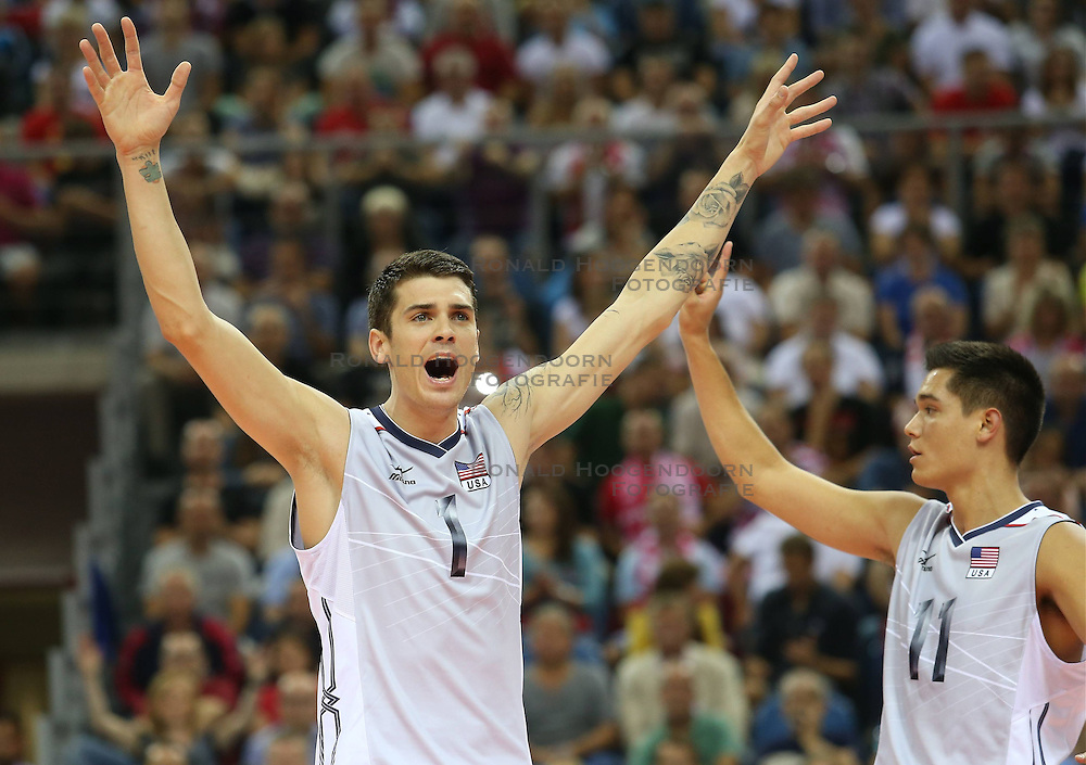 07.09.2014, Krakow Arena, Krakau, POL, FIVB WM, Italien vs USA, Gruppe D, im Bild MATTHEW ANDERSON, MICACH CHRISTENSON // during the FIVB Volleyball Men's World Championships Pool D Match beween Italy and USA at the Krakow Arena in Krakau, Poland on 2014/09/07. <br /> <br /> ***NETHERLANDS ONLY***