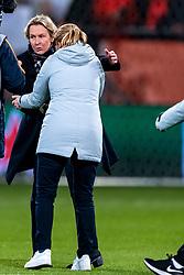 09-11-2018 NED: UEFA WC play-off final Netherlands - Switzerland, Utrecht<br /> European qualifying for the 2019 FIFA Women's World Cup - Coach Sarina Wiegman of Netherlands, Martina Voss-Tecklenburg of Switzerland