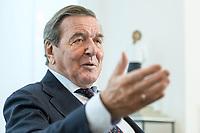 11 DEC 2019, HANNOVER/GERMANY:<br /> Gerhard Schroeder, SPD, Bundeskanzler a.D., waehrend einem Interview, im Buero seiner Anwaltskanzlei<br /> IMAGE: 20191211-01-021<br /> KEYWORDS: Gerhard Schröder, Büro