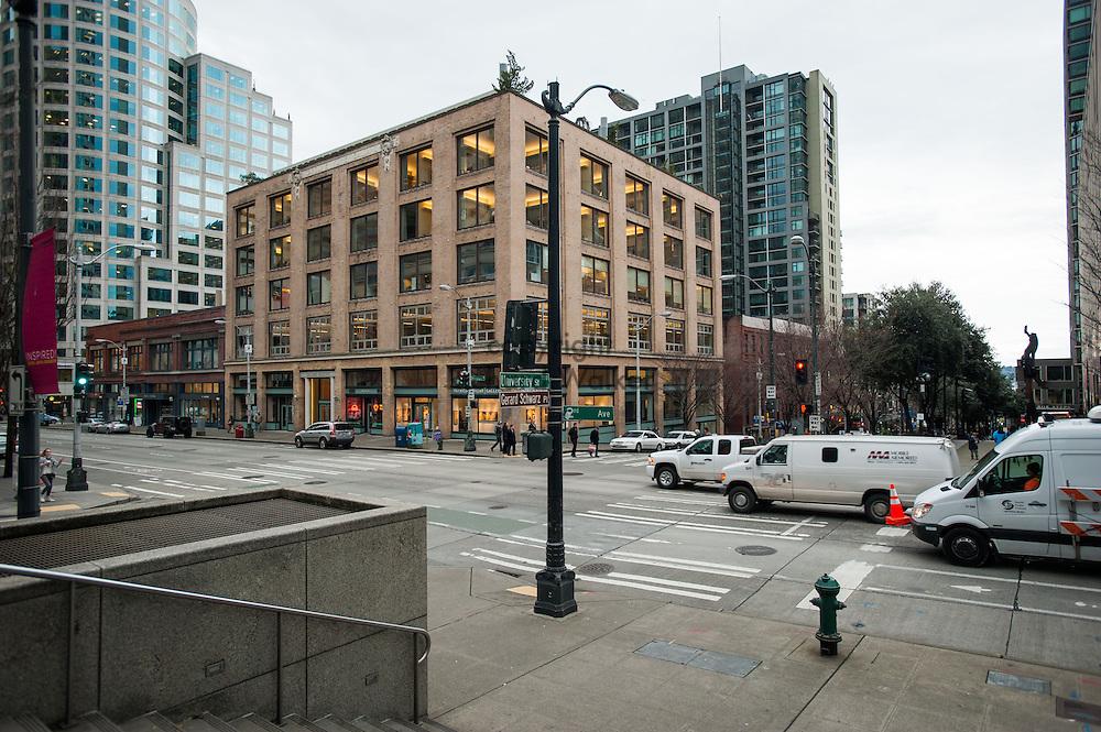 2014 January 02 - Street scene. University Street and 2nd Avenue, downtown Seattle, WA. By Richard Walker