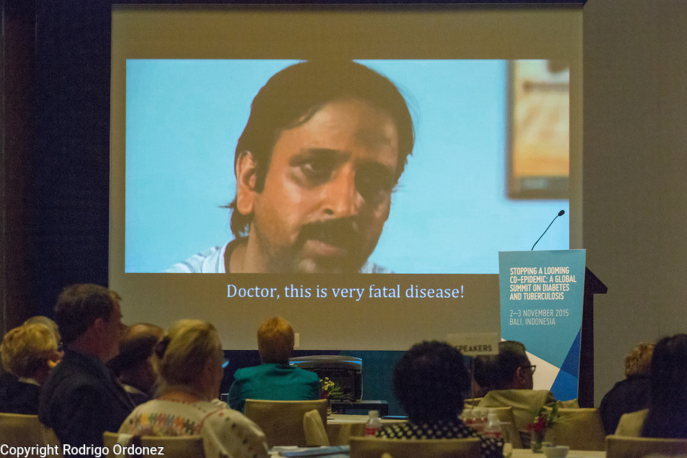 Participants watch a video about a patient being screened for both diseases at the global summit on diabetes and tuberculosis in Bali, Indonesia, on November 2, 2015.<br /> The increasing interaction of TB and diabetes is projected to become a major public health issue.The summit gathered a hundred public health officials, leading researchers, civil society representatives and business and technology leaders, who committed to take action to stop this double threat. (Photo: Rodrigo Ordonez for The Union)