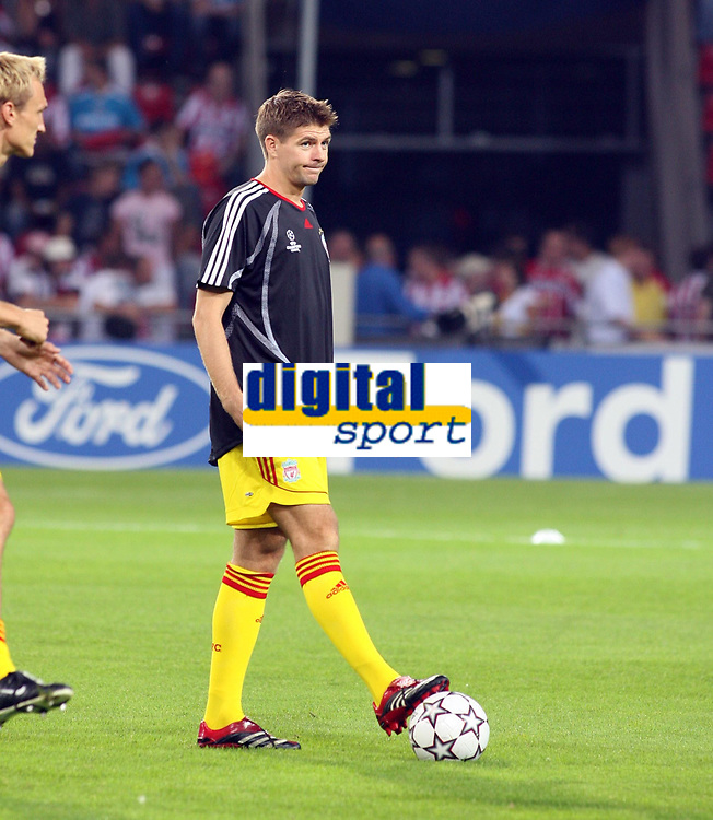 Photo: Chris Ratcliffe.<br /> PSV Eindhoven v Liverpool. UEFA Champions League, Group C. 12/09/2006.<br /> Steven Gerrard of Liverpool starts on the bench.
