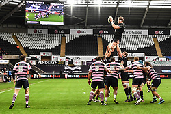 Ospreys' Alun Wyn Jones claims the lineout<br /> <br /> Photographer Craig Thomas/Replay Images<br /> <br /> Guinness PRO14 Round 13 - Ospreys v Cardiff Blues - Saturday 6th January 2018 - Liberty Stadium - Swansea<br /> <br /> World Copyright © Replay Images . All rights reserved. info@replayimages.co.uk - http://replayimages.co.uk
