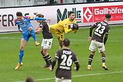 Fussball: 2. Bundesliga, FC St. Pauli - Holstein Kiel, Hamburg, 09.01.2021<br /> Torwart Dejan Stovanovic (Pauli)<br /> © Torsten Helmke