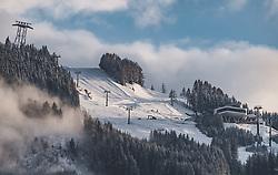 THEMENBILD - Schneefaelle bis in tiefen Lagen, aufgenommen am 14. Mai 2019 in Kaprun, Österreich // Snowfalls reaching the valleys of the Alpine region, Kaprun, Austria on 2019/05/14. EXPA Pictures © 2019, PhotoCredit: EXPA/ JFK