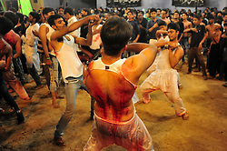 October 28, 2016 - Allahabad, Uttar Pradesh, India - Allahabad: Shia Muslim devotee hit himself by a bunch of knief  during take part in Ashura'a Taziya parade held in Allahabad on 28-10-2016, Muharram is celebrated to mark the climax of the mourning which is Called Ashura, The ccommenmoration of Imam Hussain's. photo by prabhat kumar verma (Credit Image: © Prabhat Kumar Verma via ZUMA Wire)