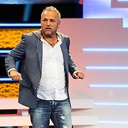 NLD/Amsterdam/20140415 - Presentatie Alles Mag op Vrijdag, Gordon Heuckeroth