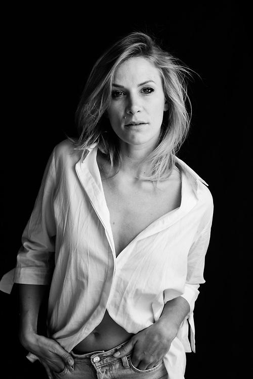 Porträts der Schauspielerin Laura Preiss in Hamburg