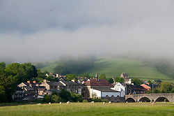 © Licensed to London News Pictures. 04/05/2019. Builth Wells, Powys, Wales, UK. Mist surrounds the Welsh market town of Builth Wells in Powys, Wales. After a very cold night with temperatures dropping to 3 deg C in Powys, the valleys are filled with early morning mist. Photo credit: Graham M. Lawrence/LNP