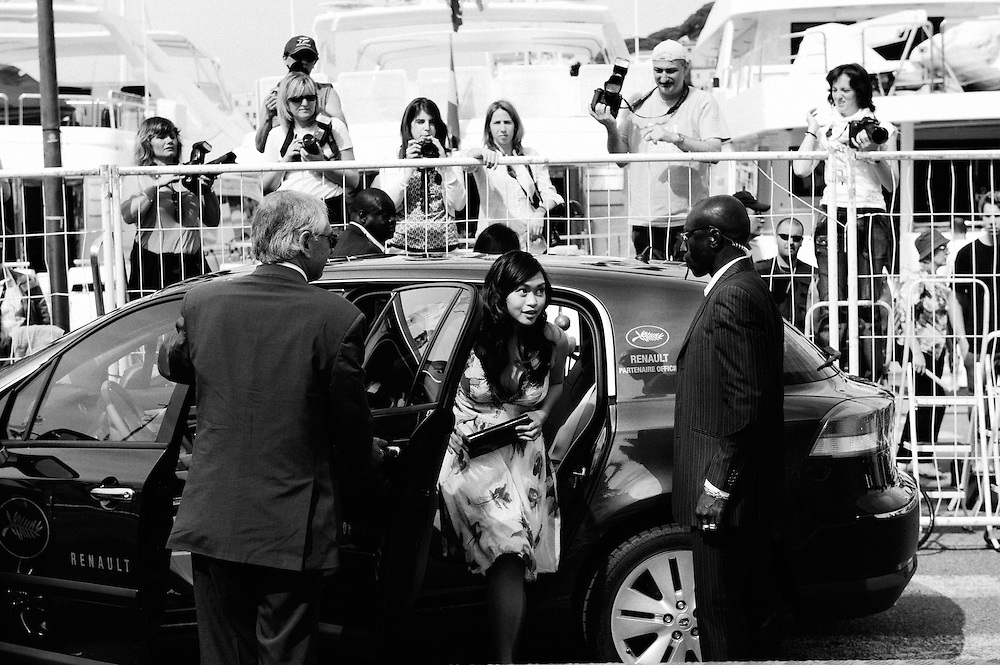 Kinatay's actress Mercedes Cabral arriving the photocall. Official screening day at the 62th Cannes Film Festival. France. 17 May 2009. Photo: Antoine Doyen