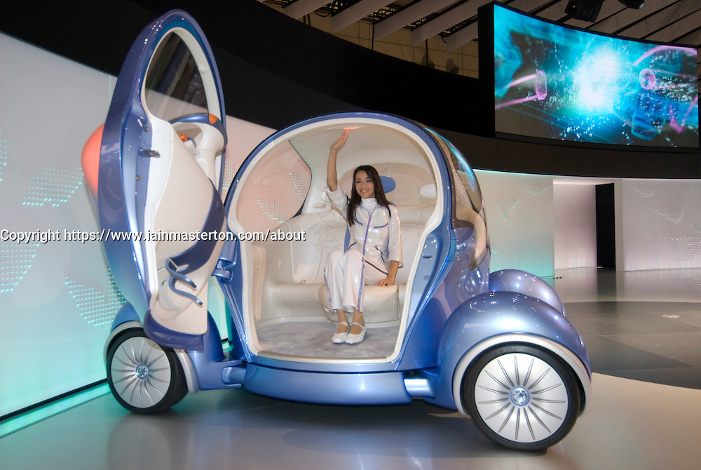 Futuristic prototype electric car Nissan Pivo on display at Tokyo Motor Show